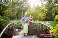 Fall-Family-portraits-at-north-carolina-abortetum-in-durham