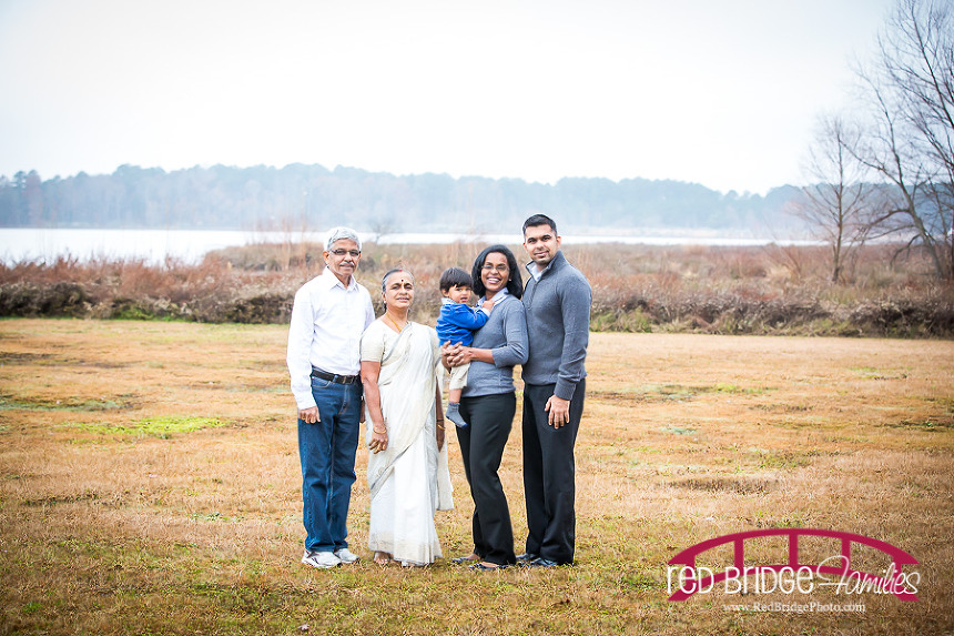 Lake-Crabtree-Family-Pictures-in-the-Fall