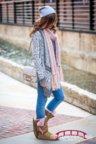Durham-fashion-blogger-shoot-in-downtown-in-the-winter