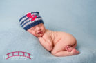 Sam-Raleigh-Newborn-Studio-Portrait-Photographer-with-twin-older-sisters