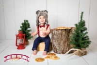 pancake-smash-for-first-birthday-photography-in-studio-with-woodland-theme